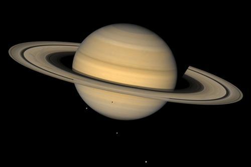 土星(新浪科技配图)