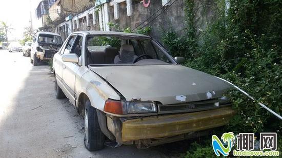 马坡小区僵尸车