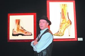 狂熱愛好解剖學和塑化技術的哈根斯