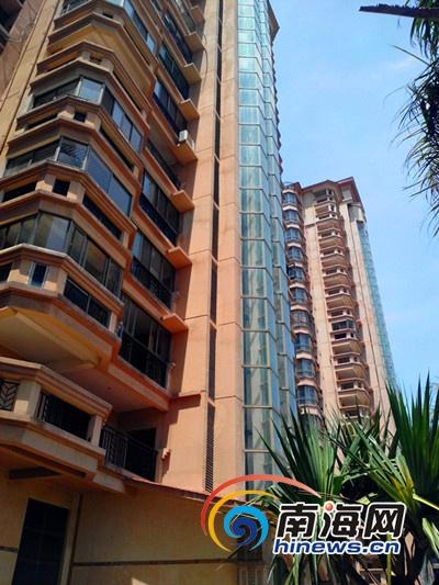 海南九成以高楼外墙为安全玻璃 (南海网记者刘培远摄)