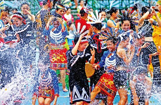 嬉水节槟榔谷分会场29个节庆体验项目异彩纷呈