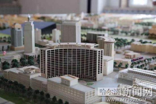18日,第九届全国网络媒体龙江行来到位于哈尔滨南城的哈南工业新城。