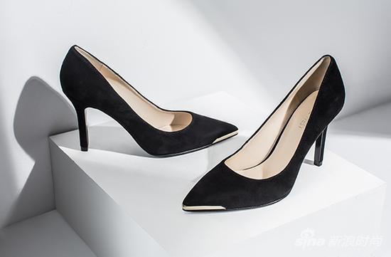 高跟鞋素描设计图展示