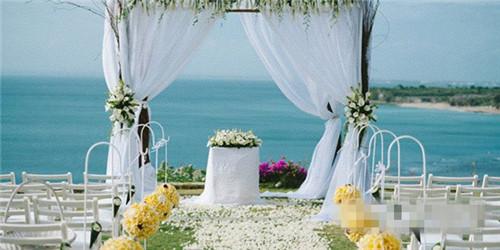 浪漫的海滩婚礼