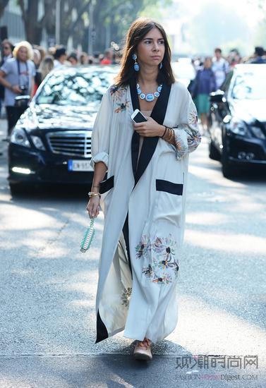 东瀛风格的袍子