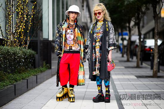 长袍造型太fashion