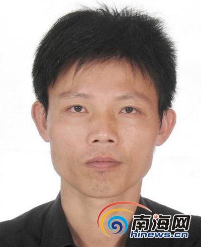 嫌疑人黄建(同一人不同时期证件照)