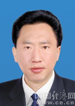 肖友才任广安市委副书记