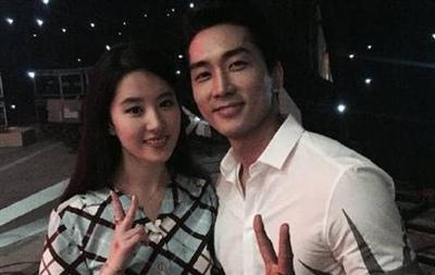 刘亦菲疑回应拒绝宋承宪求婚