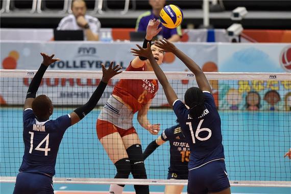 中国女排3-0肯尼亚