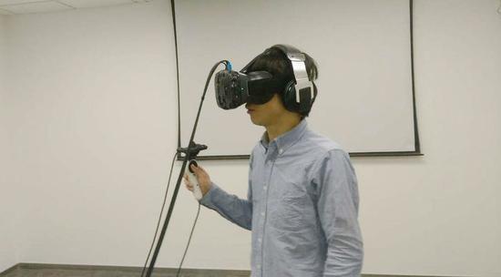 評論:為何只有HTC的虛擬現實最靠譜?
