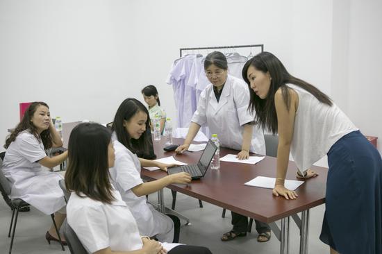 在中国确诊的发作性睡病患者仅为4000余人,还有大量的患者不知道自己患病