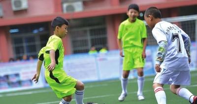 陈晨蓁杨自小就表现出优秀的足球天赋。(记者 杨兴波 摄)