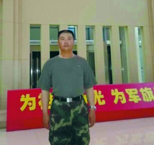 """大阅兵二炮装备方队""""总教头""""来自唐山"""