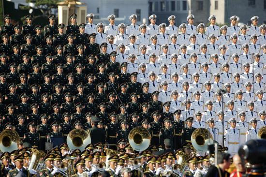 解放军合唱团亮相阅兵现场