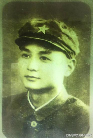 徐静蕾爷爷年轻时帅气