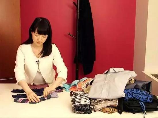 专访近藤麻理惠 用 做家务 影响世界的女人
