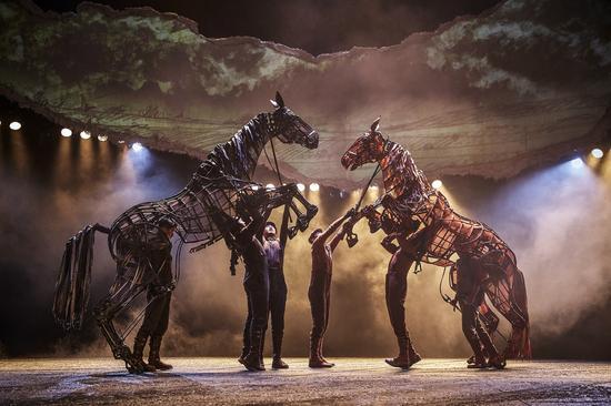 《战马》:令人惊叹的不只是马 还有灵魂图片