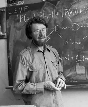 """约翰·贝尔(John Bell)设想了一个实验,表明大自然中并不存在如爱因斯坦描述般的""""隐变量""""。物理学家如今已经成功设计并完成了贝尔的实验,得出了无懈可击的结论。图片来源:CERN"""