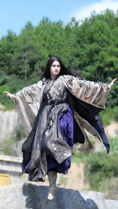 马可饰演的暖男圣君杀阡陌最终未能与赵丽颖饰演的