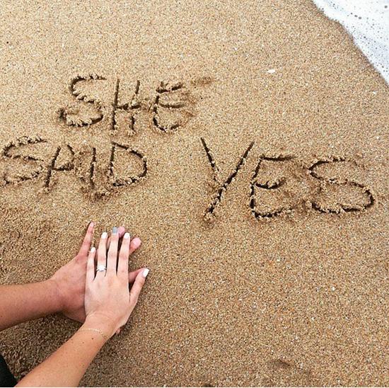 海边以沙传情
