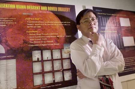 华裔科学家李荣兴(资料照片)
