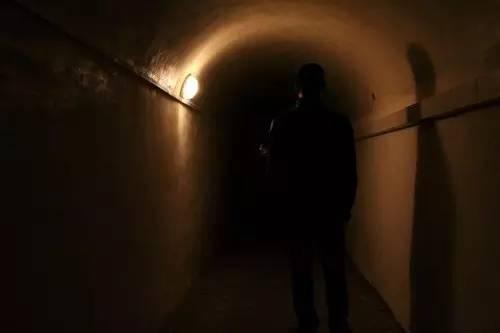 很多水库诱发地震的监测数据来自于这个幽深的隧洞 (摄影/李鹏)