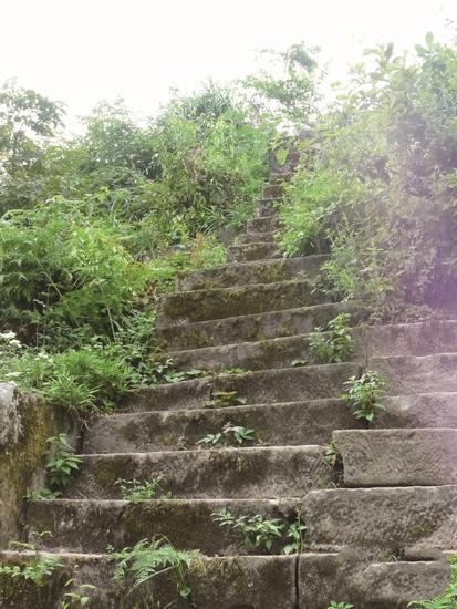 古堡石梯步
