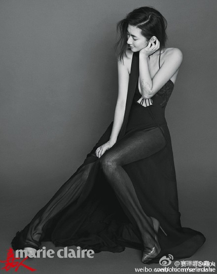 selina素颜拍杂志照