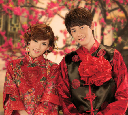 古韵味十足的中式新娘发型 经典传统美