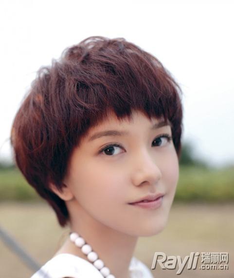 《我去上学啦》跟着郭采洁画淡彩学生妆