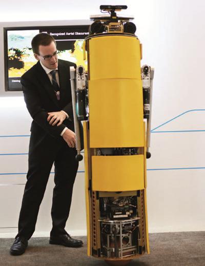 """生產全球化到科技全球化:機器人""""佔領""""達沃斯"""