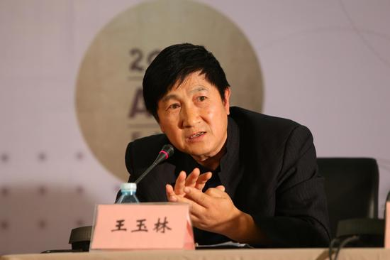 百雅轩艺术中心副总裁王玉林
