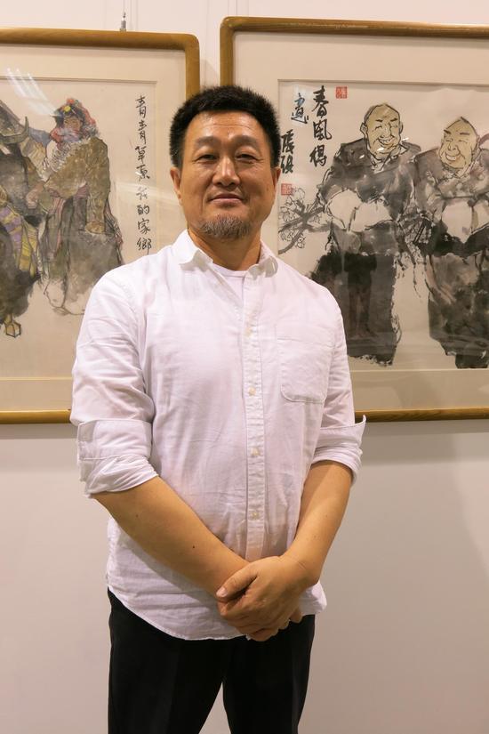 艺术家张琪