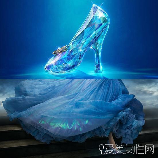 《灰姑娘》水晶鞋剧照