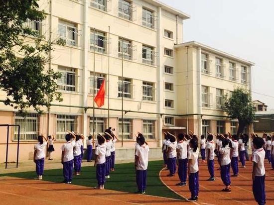 天津新疆少先队员举办手拉手活动