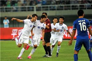 中超-塔纳塞惊天双响 泰达4-1申鑫迎13轮首胜