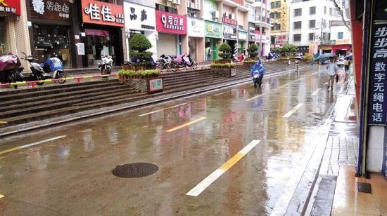 道客路干净整洁。