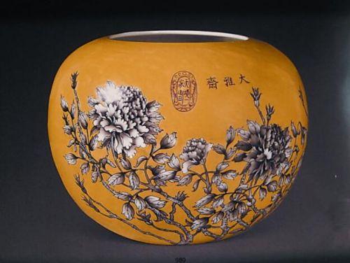 慈禧御用花卉紋缸