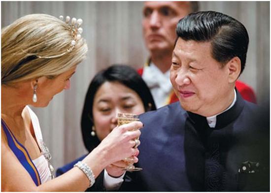 """荷兰国王""""白领结""""盛装宴会,欧洲王室最高规格礼遇。习近平着中式服装亮相"""