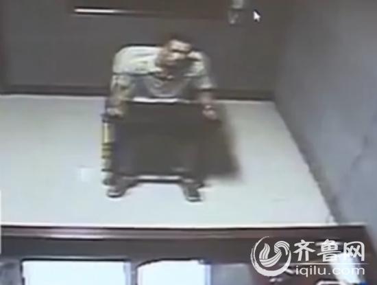 犯罪嫌疑人系女子丈夫,已自首。(视频截图)