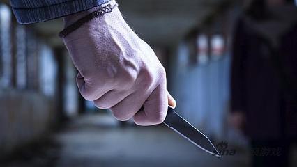 持刀猥亵不成变了抢劫