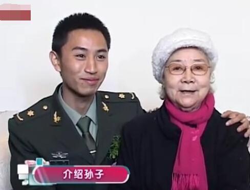 田华与孙子杨潇(资料图)