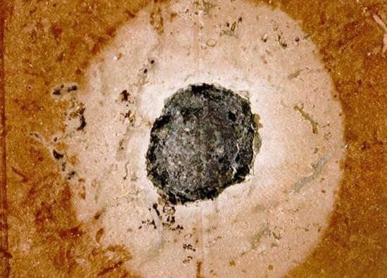 证据显示史前地球曾遭受双重陨石撞击