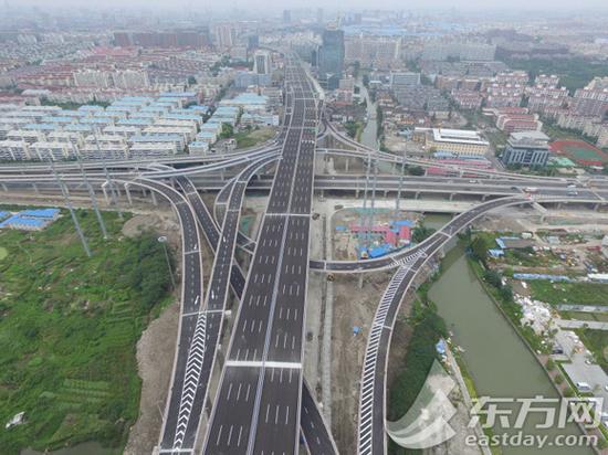 线浦东段主线和金桥路立交航拍图.-上海中环9月28日开放通行 前往