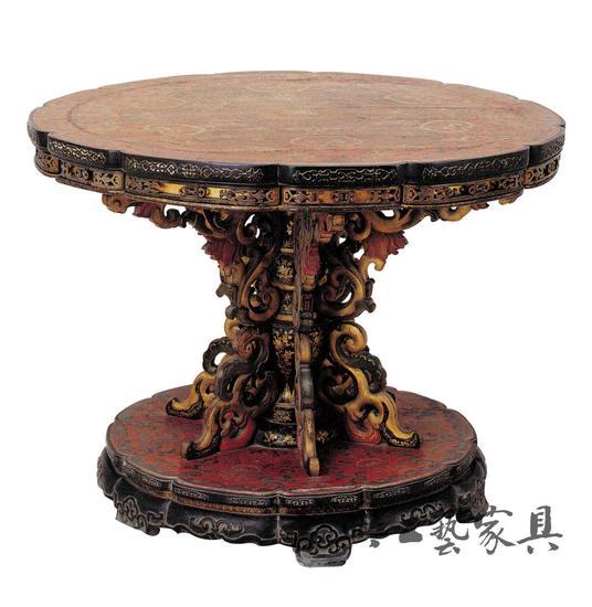 圖1 紫檀漆面彩繪描金花卉紋獨腿圓面轉桌(故宮博物院藏)