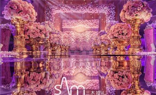 更配crown的就是奢华大气的古典欧式风格婚礼