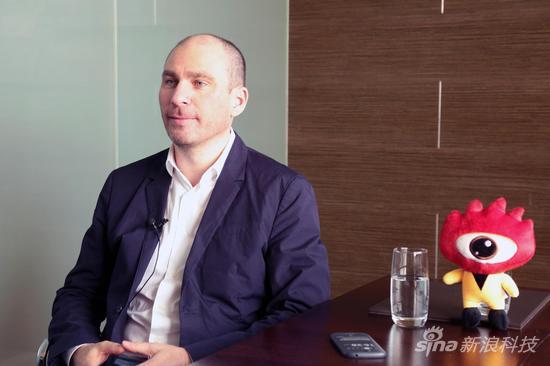 Yota Devices CEO弗拉季斯拉夫-马丁诺夫