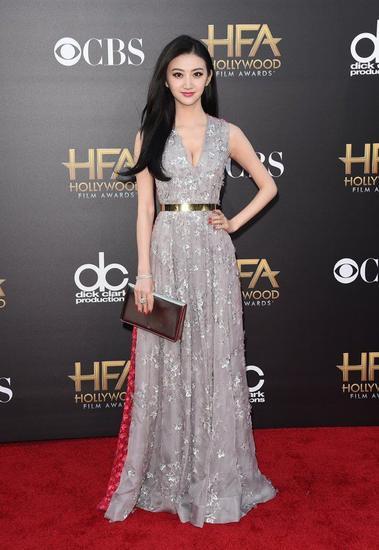 景甜身穿Dior 2012秋冬高订礼服出席第18届好莱坞电影奖颁奖典礼