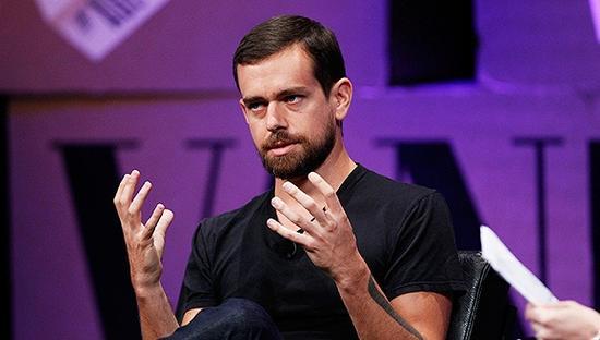 Twitter创始人上演乔布斯重返苹果的翻版剧情